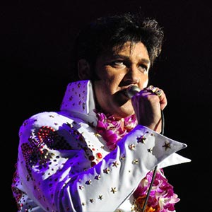 Darren Lee, Elvis Impersonator
